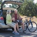 uaw-retiree-pod-couple-bikes-car